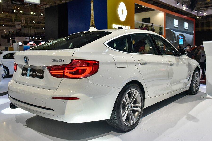 BMW 320i Gran Turismo - Hình 3