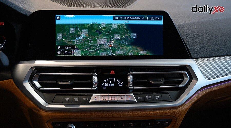 BMW 330i M Sport - Hình 15