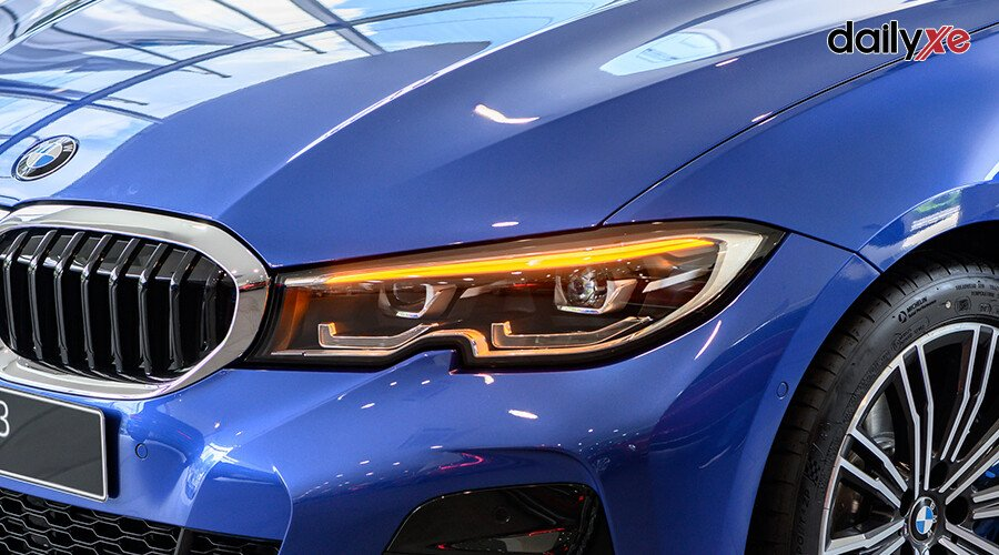 BMW 330i M Sport - Hình 4