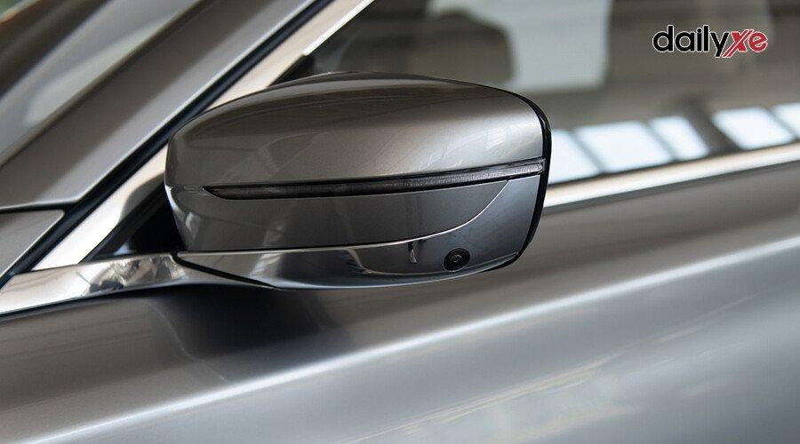 BMW 730Li M-Sport - Hình 6