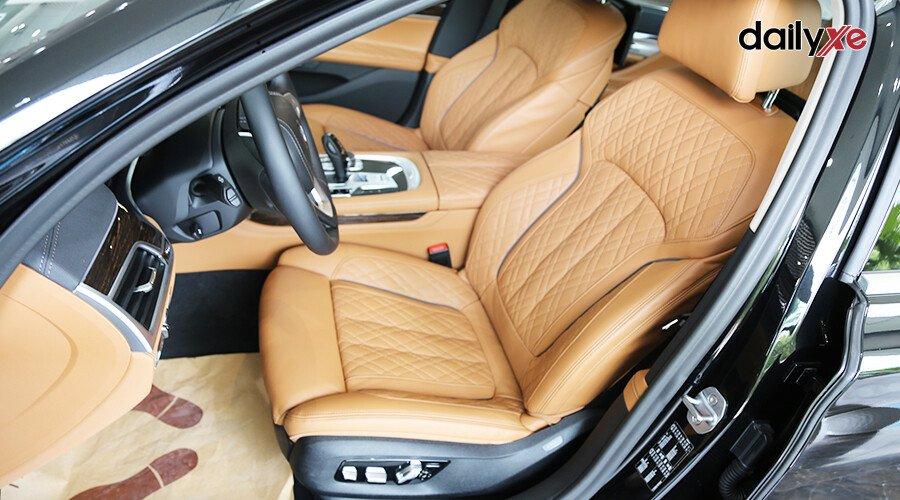 BMW 740Li LCI Sedan - Hình 12