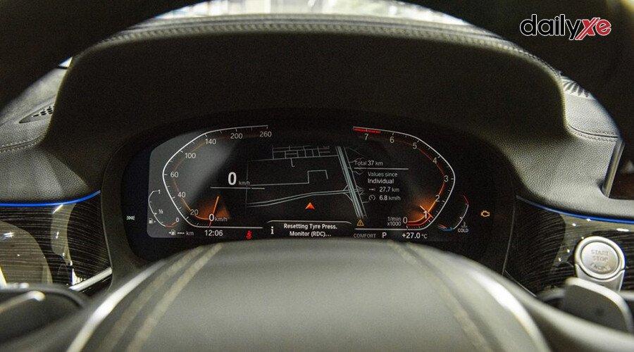 BMW 740Li LCI Sedan - Hình 19