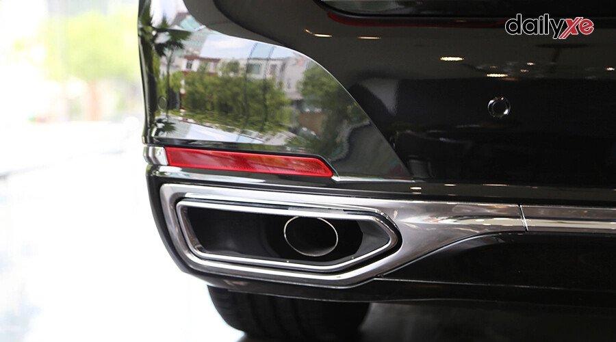 BMW 740Li Pure Excellence - Hình 10