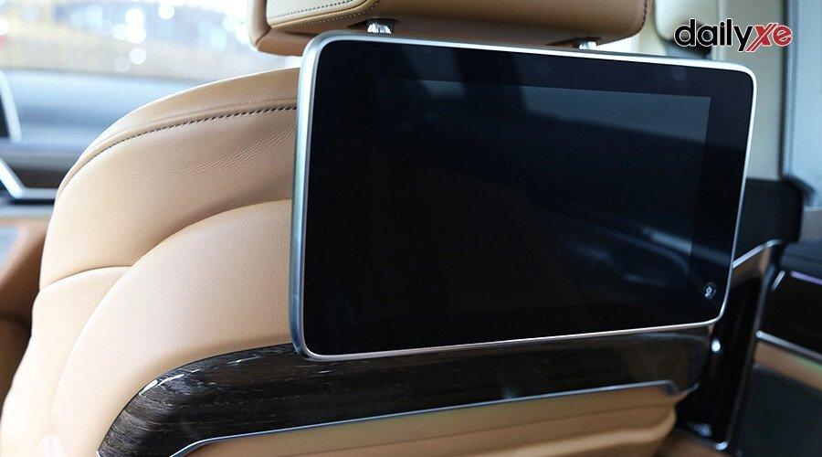 BMW 740Li Pure Excellence - Hình 16