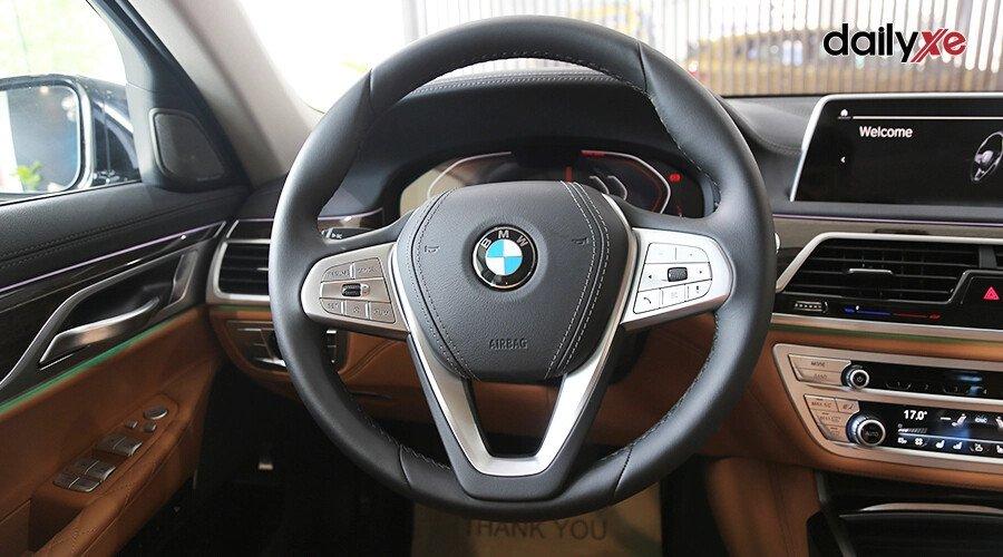 BMW 740Li Pure Excellence - Hình 18