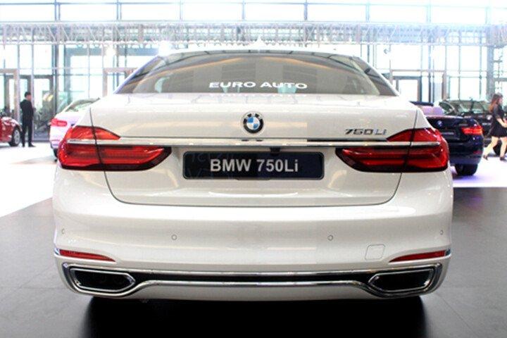 BMW 750Li - Hình 6