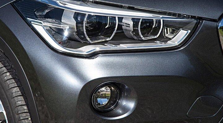 BMW X1 18i sDrive - Hình 4
