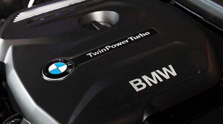 BMW X1 sDrive18i xLine - Hình 29