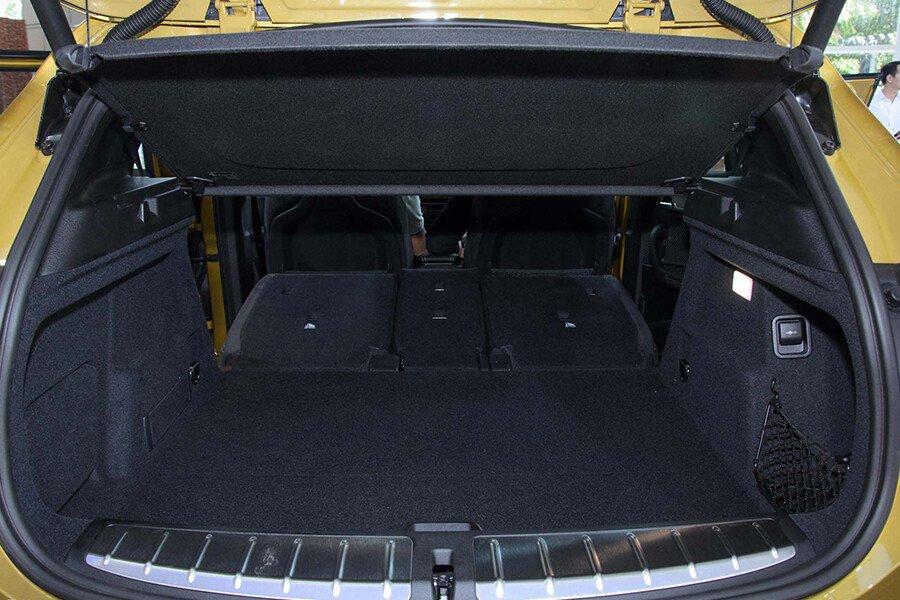 BMW X1 sDrive18i xLine - Hình 33