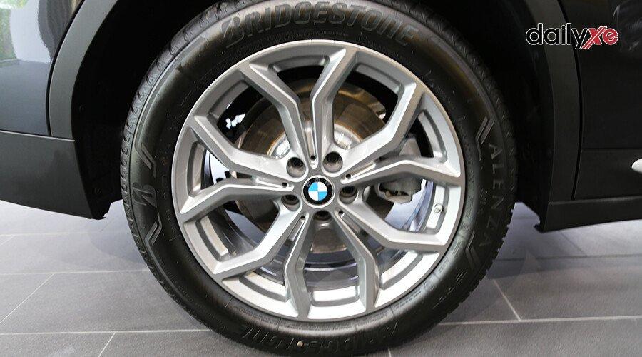 BMW X3 xDrive30i xLine 2019 - Hình 11