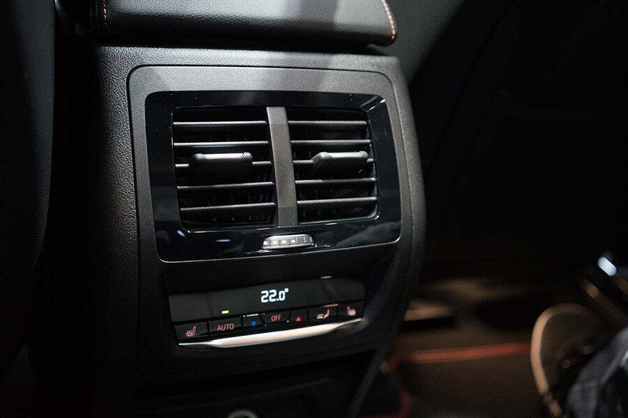BMW X4 20i xDrive - Hình 15