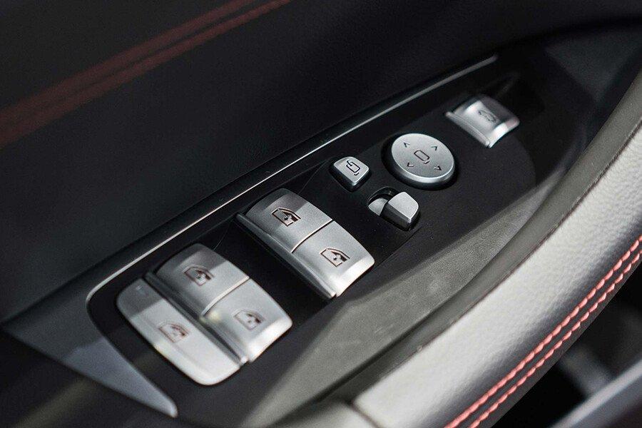 BMW X4 20i xDrive - Hình 16