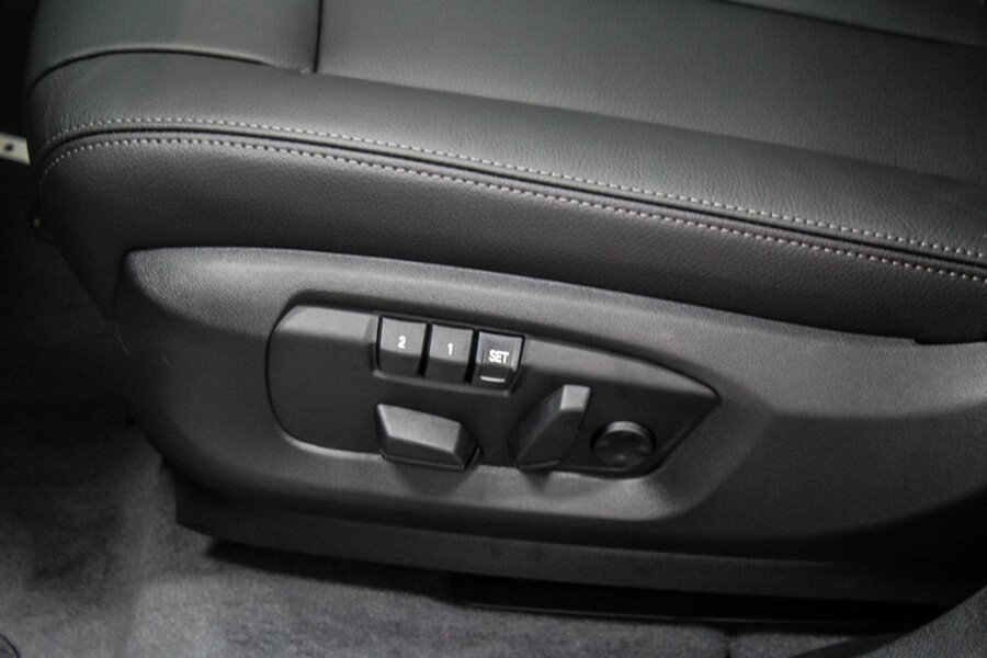 BMW X6 35i xDrive - Hình 17