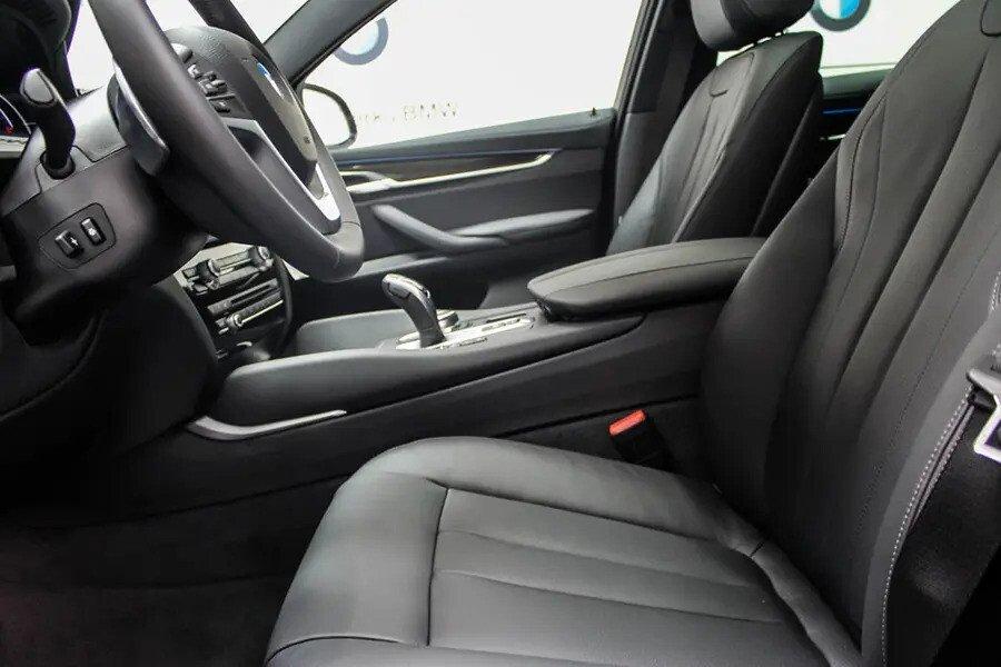 BMW X6 xDrive 35i (Máy xăng) - Hình 16