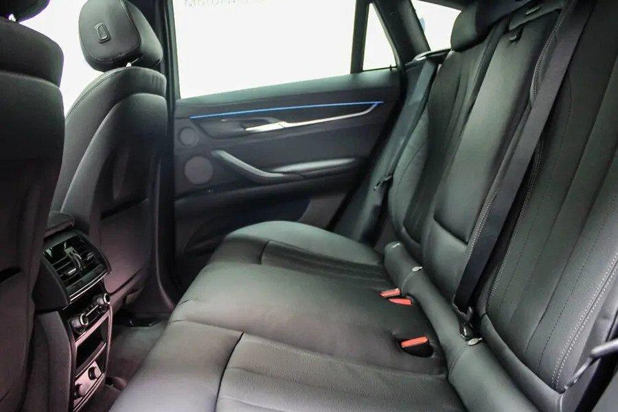 BMW X6 xDrive 35i (Máy xăng) - Hình 18