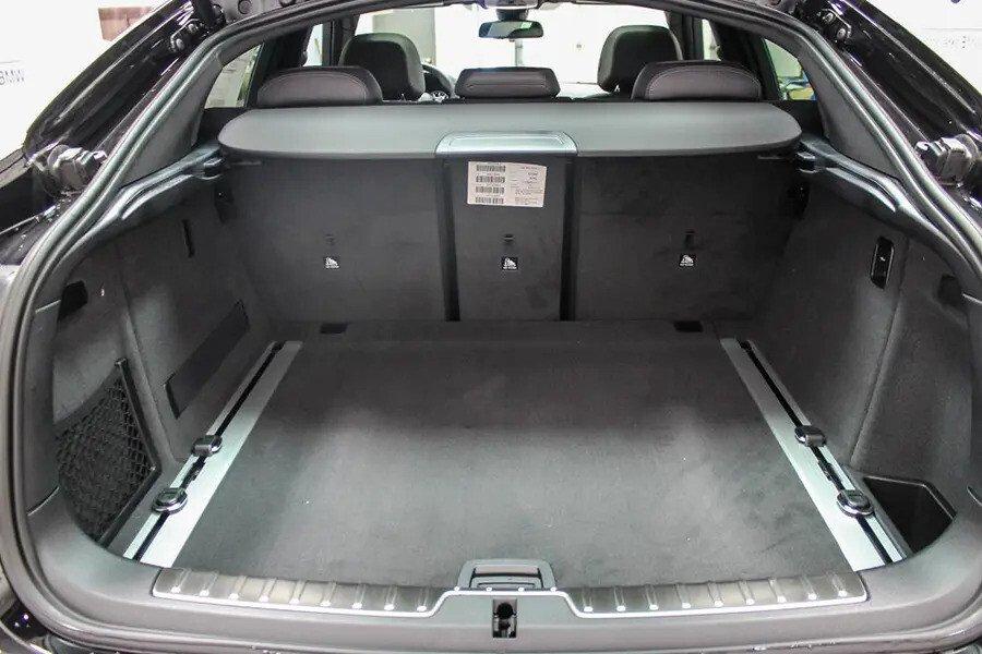 BMW X6 xDrive 35i (Máy xăng) - Hình 26