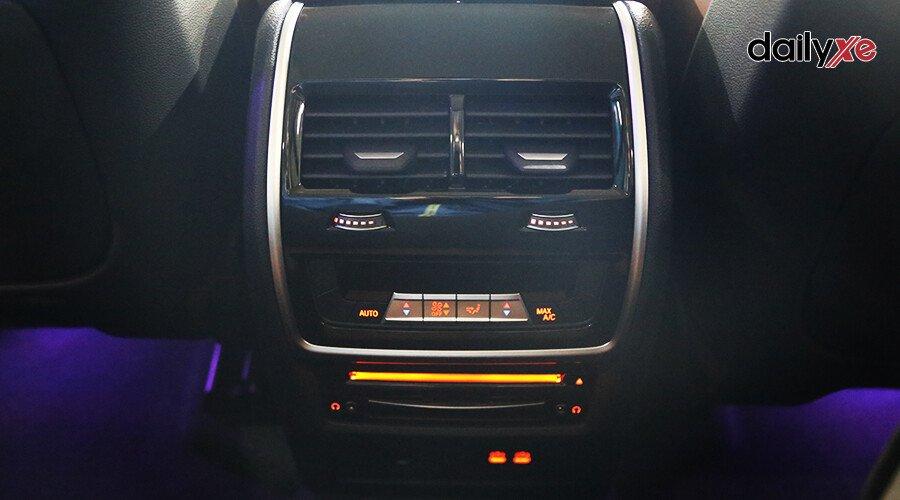 BMW X7 xDrive40i Pure Excellence - Hình 18