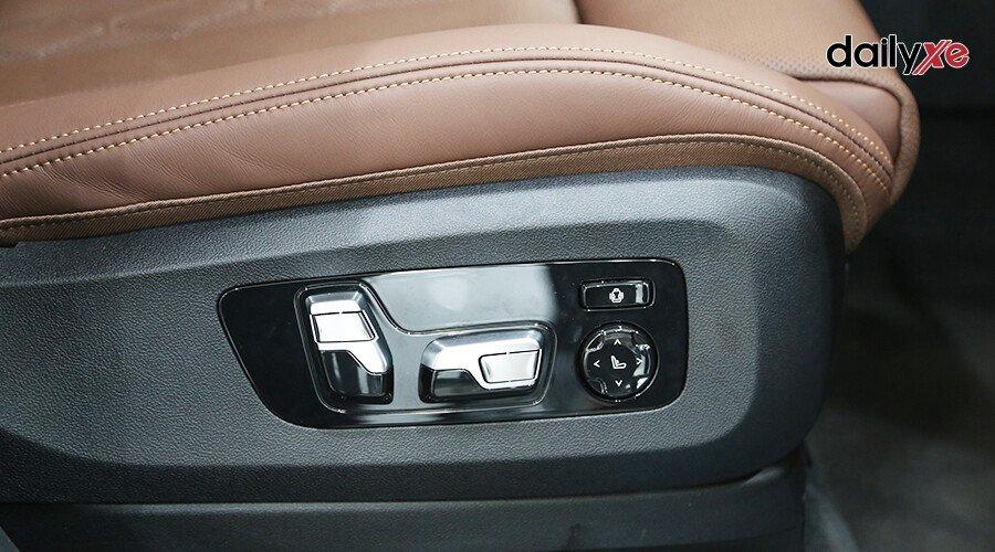 BMW X7 xDrive40i Pure Excellence - Hình 21