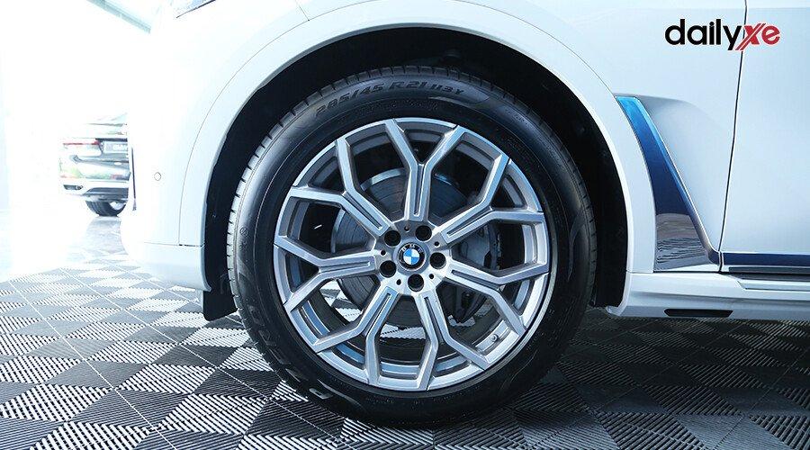 BMW X7 xDrive40i Pure Excellence - Hình 7