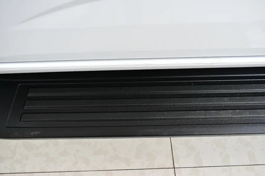 Ngoại thất Chevrolet Colorado - Hình 15