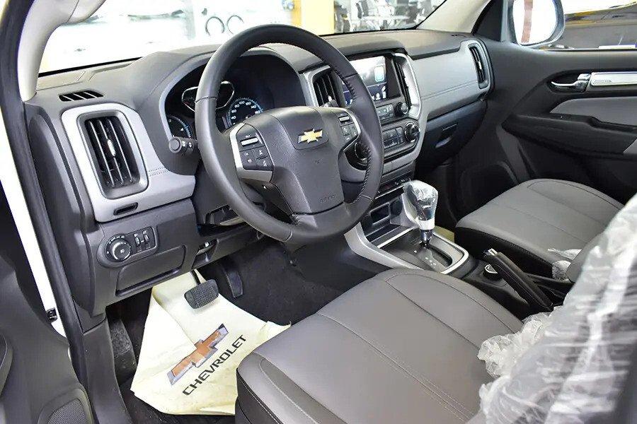 Nội thất Chevrolet Colorado - Hình 1