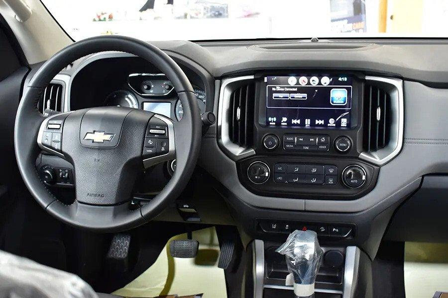 Nội thất Chevrolet Colorado - Hình 3
