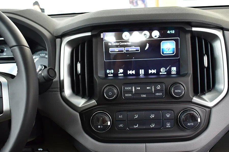 Nội thất Chevrolet Colorado - Hình 4