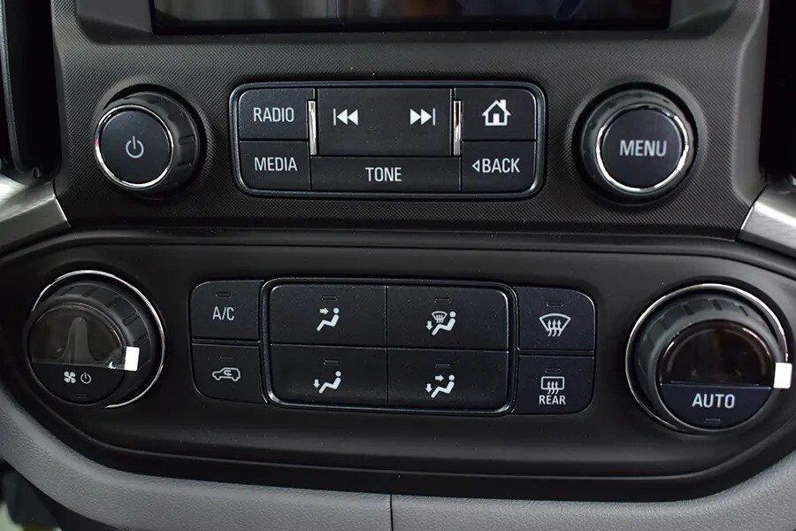 Nội thất Chevrolet Colorado - Hình 8