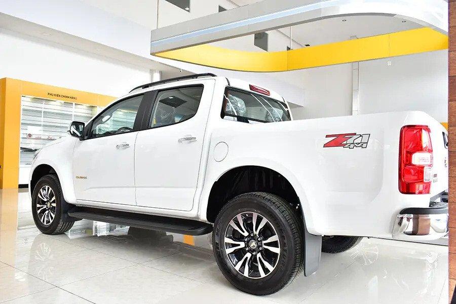 Chevrolet Colorado - Hình 5