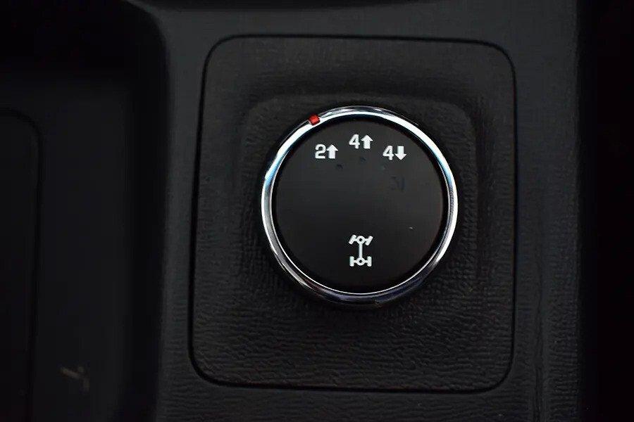 Nội thất Chevrolet Colorado - Hình 16
