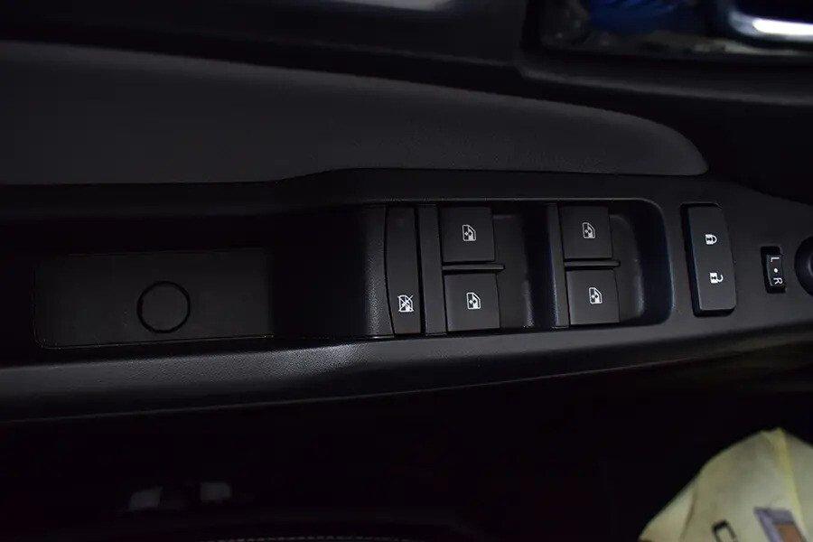 Nội thất Chevrolet Colorado - Hình 18