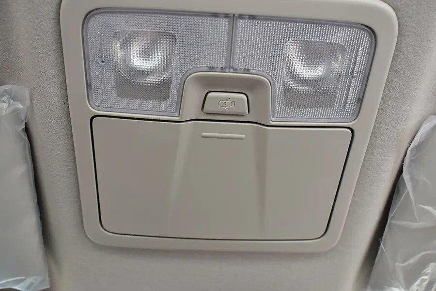 Nội thất Chevrolet Colorado - Hình 20
