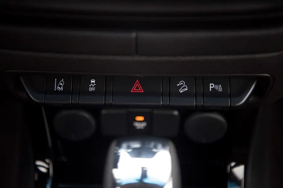 Nội thất Chevrolet Trailblazer - Hình 10