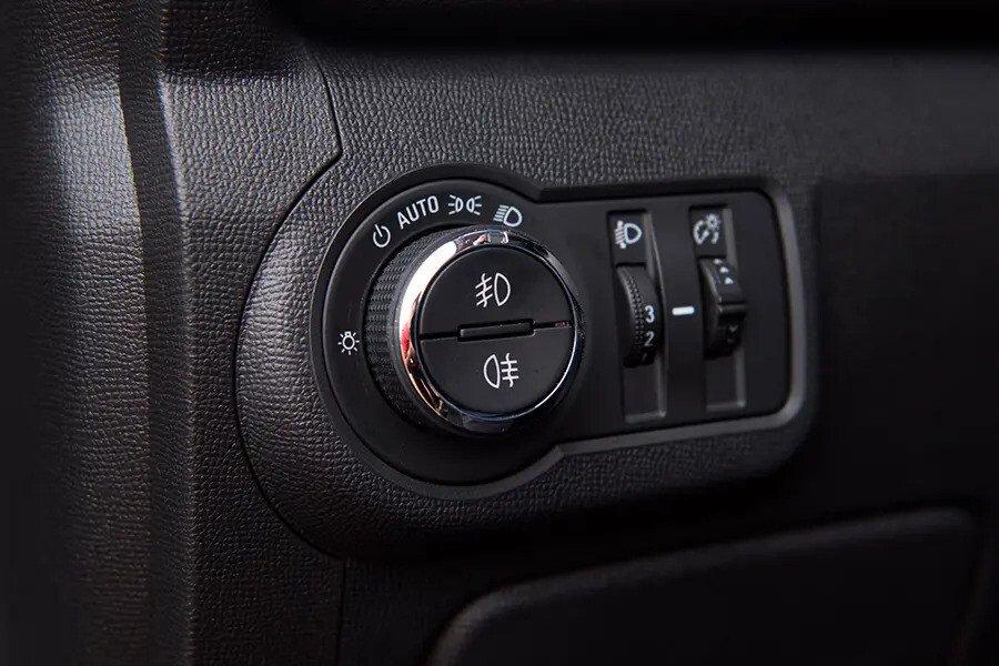 Nội thất Chevrolet Trailblazer - Hình 13