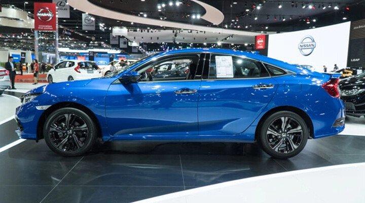 Honda Civic 1.8 E 2020 - Hình 11