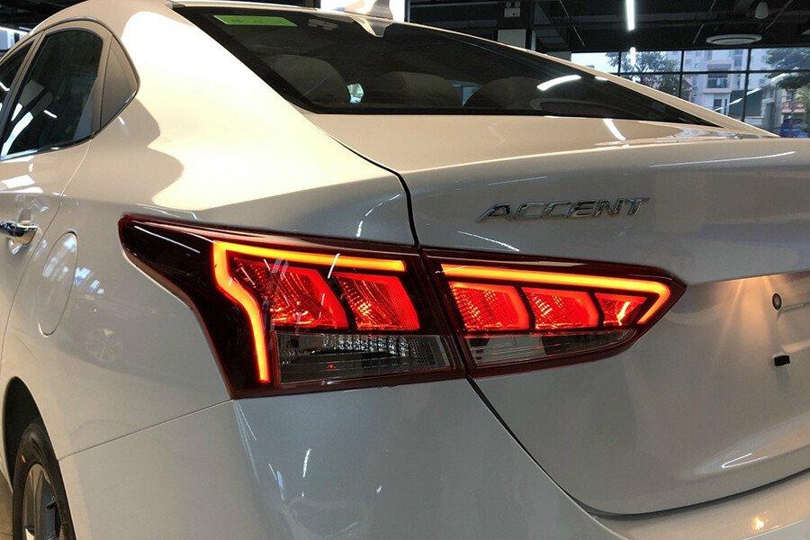 Hyundai Accent 1.4 AT Đặc Biệt - Hình 6