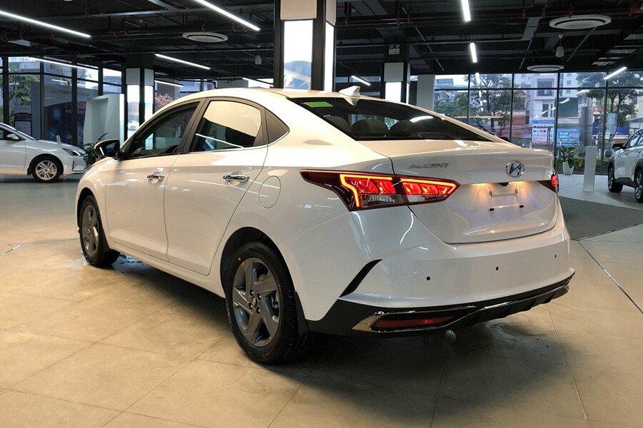 Hyundai Accent 1.4 AT Đặc Biệt - Hình 7