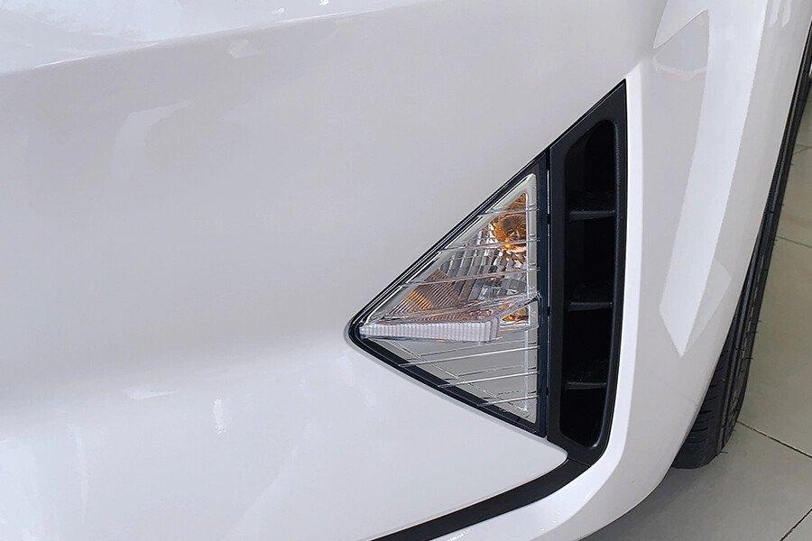 Hyundai Elantra 2.0 AT 2019 - Hình 6