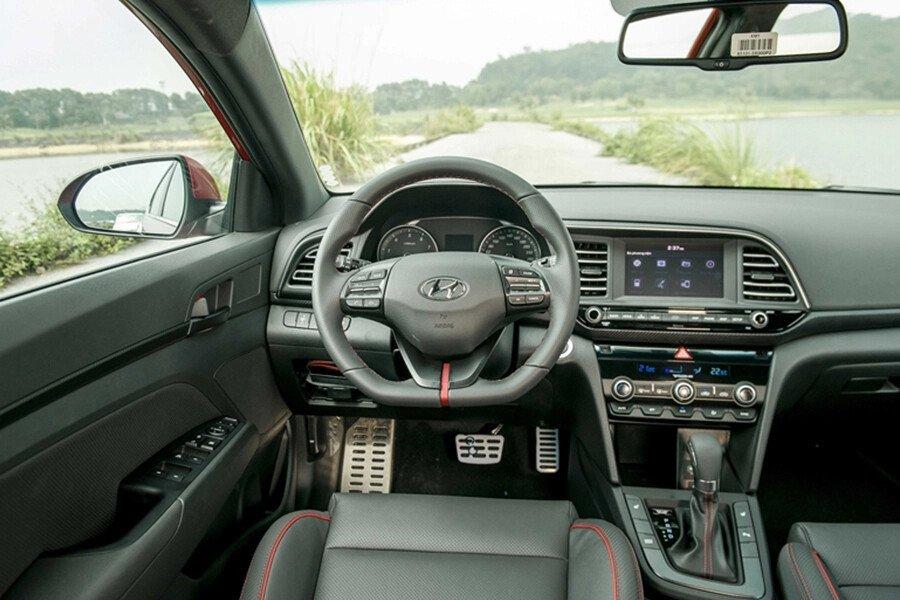 Hyundai Elantra Sport 1.6 T-GDI 2020 - Hình 27