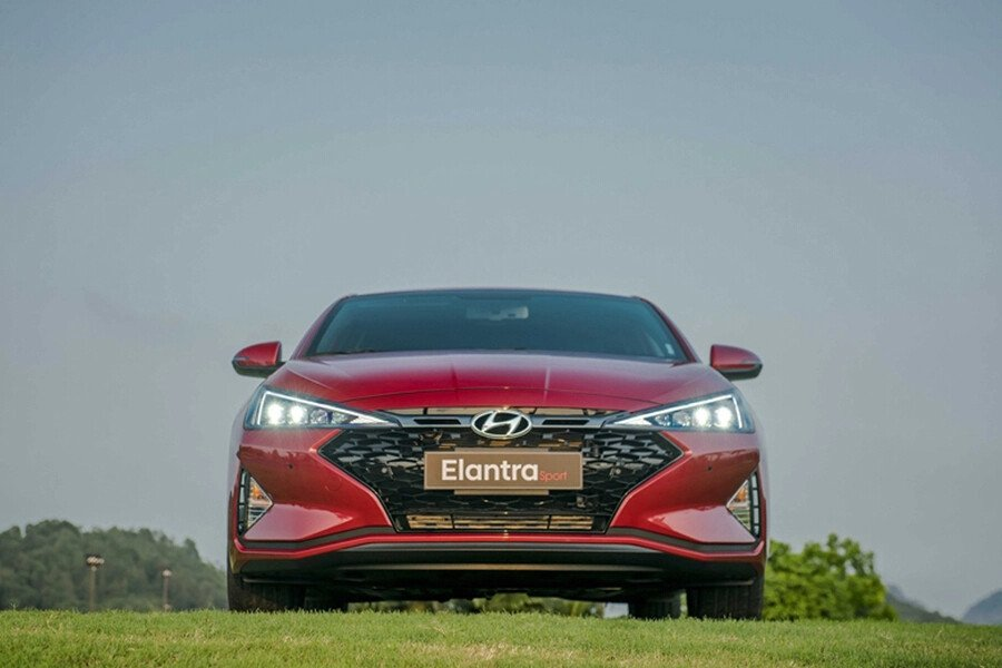 Hyundai Elantra Sport 1.6 T-GDI 2020 - Hình 3