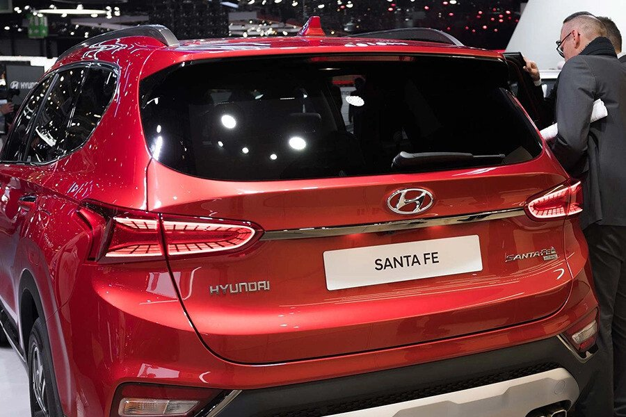 Hyundai Santa Fe 2.2 Dầu Cao Cấp - Hình 10