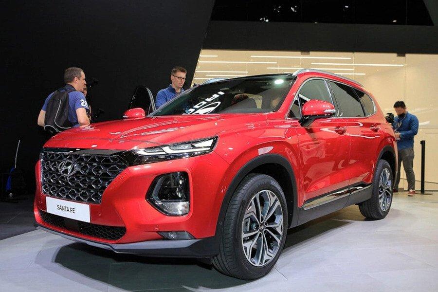 Hyundai Santa Fe 2.2 Dầu Cao Cấp - Hình 2
