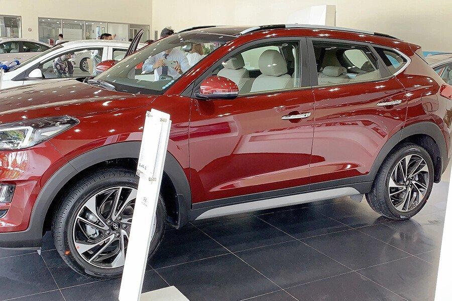 Hyundai Tucson 2.0 Diesel 2019 - Hình 9