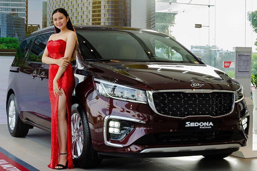 Kia Grand Sedona 2.2L Luxury (DAT) 2021 - Hình 1