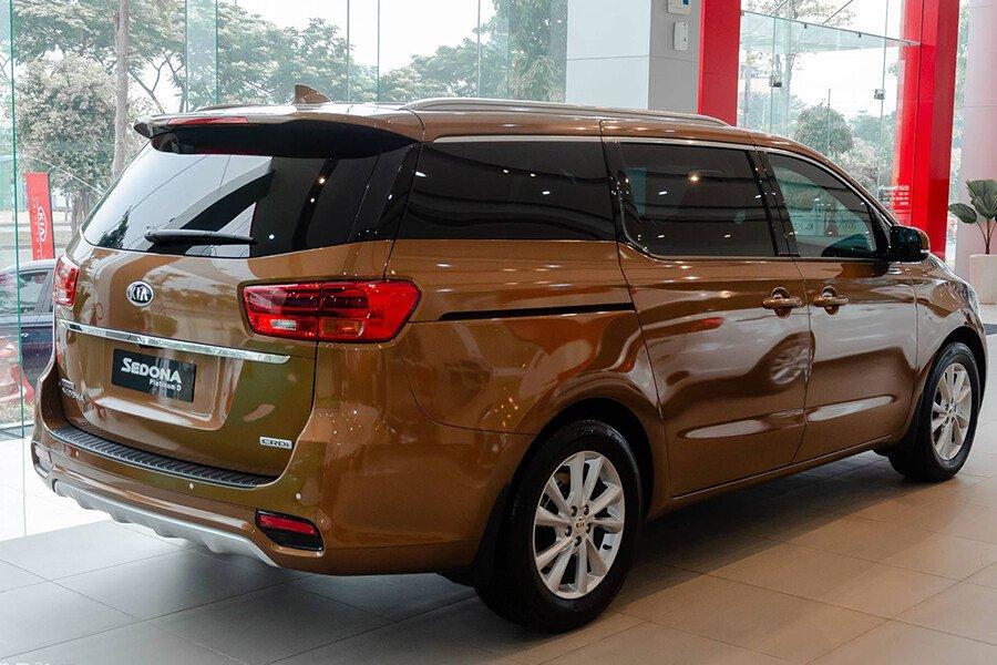 Kia Grand Sedona 2.2L Luxury (DAT) 2021 - Hình 9