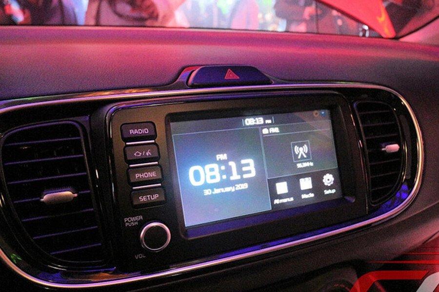 KIA Soluto MT Deluxe 1.4L - Hình 10