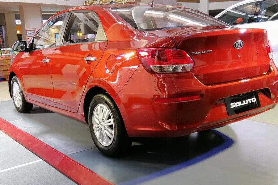 KIA Soluto AT Deluxe 1.4L - Hình 5