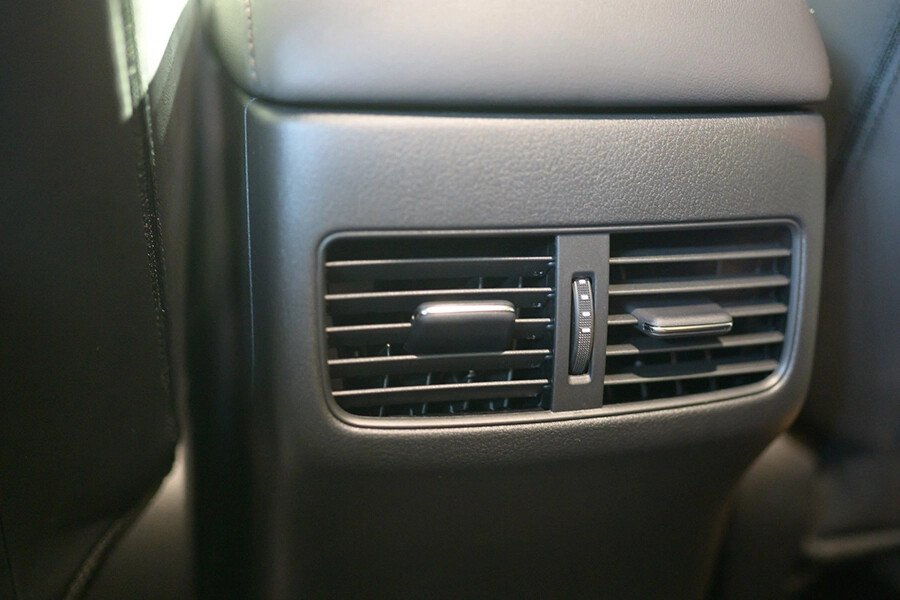 Mazda 3 Deluxe 2020 - Hình 17