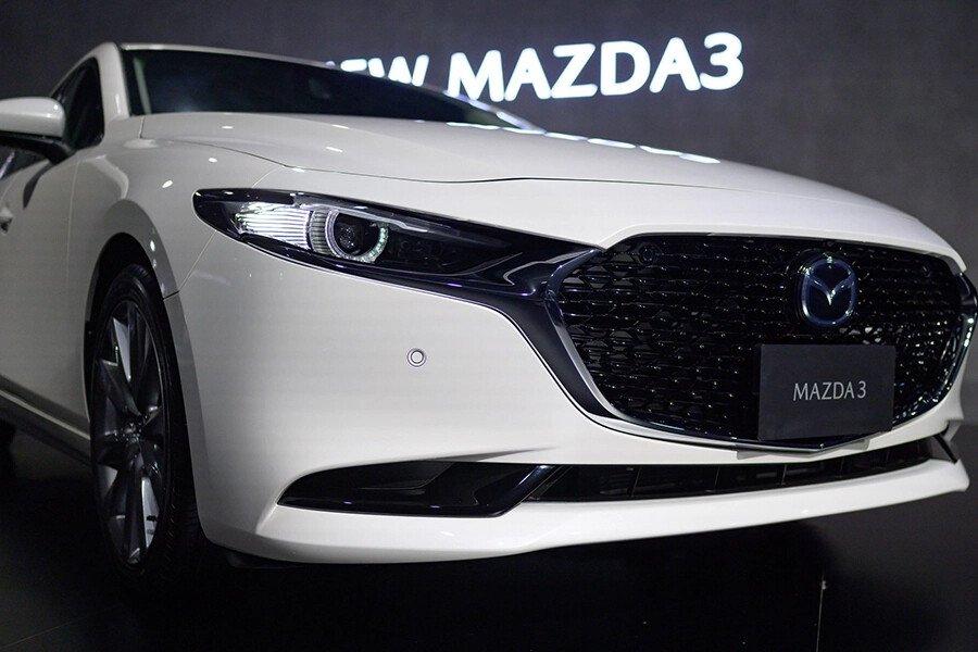 Mazda 3 Deluxe 2020 - Hình 3