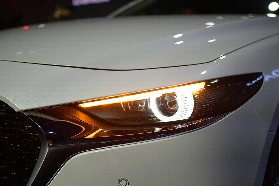 Mazda 3 Deluxe 2020 - Hình 4